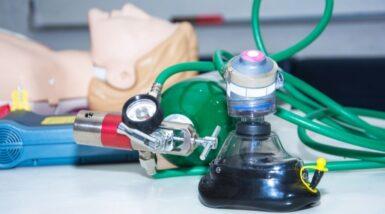 suministro de oxigeno en hospitales - Equipo para suministro de oxígeno a pacientes - Funindes